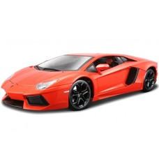 модель машины 1:18 Lamborghini Aventador